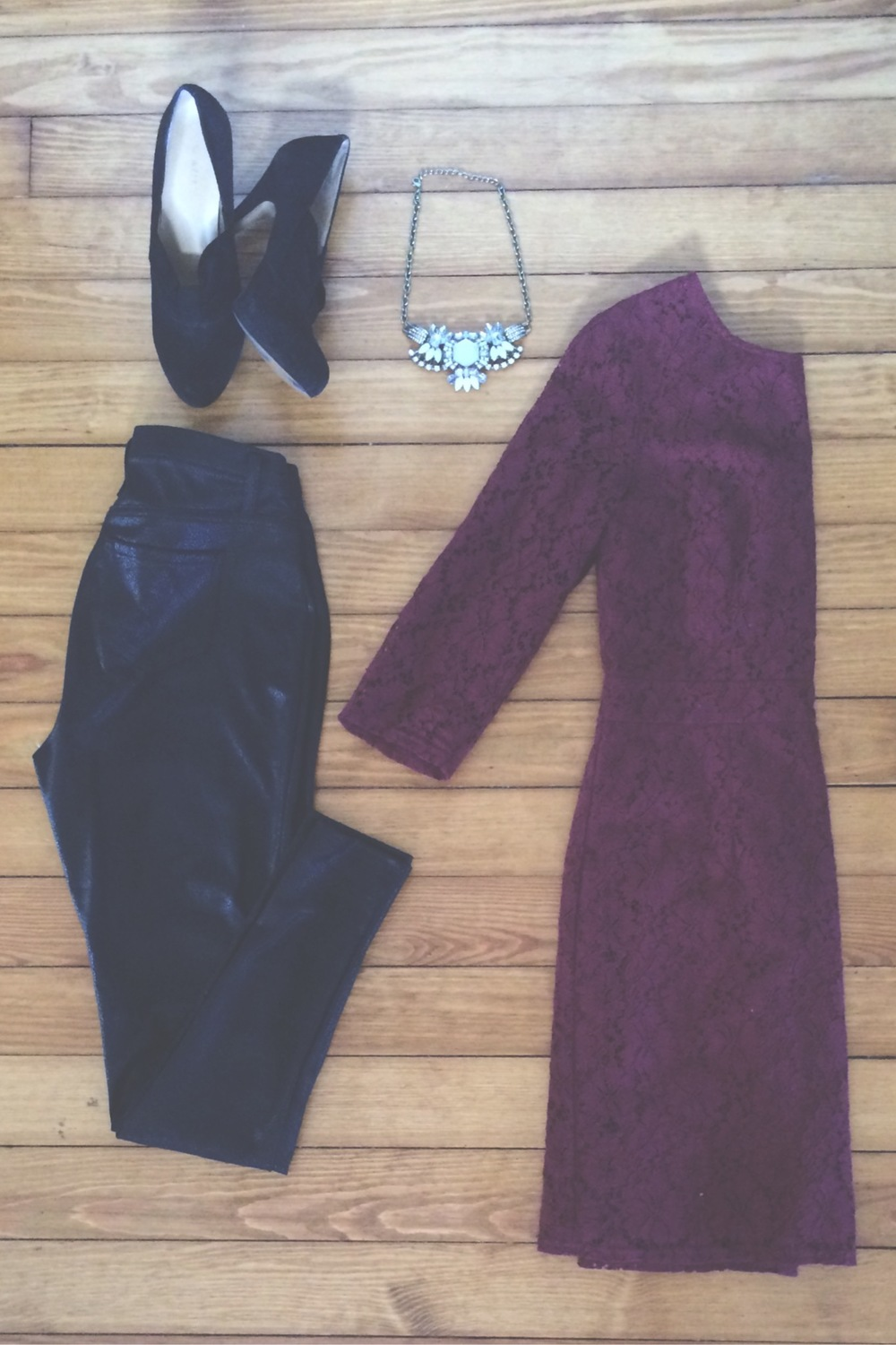 "coated ""leather"" leggings + lace shift dress + statement necklace"