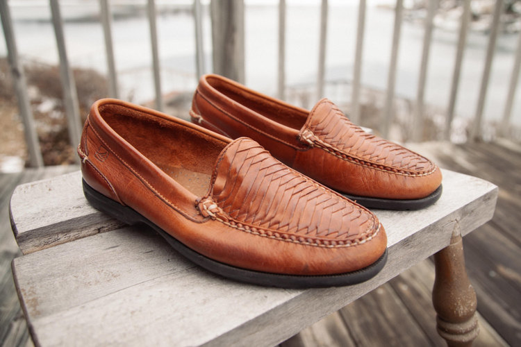 945aa42fd6f7 Vintage Sperry Slip-Ons from Apache