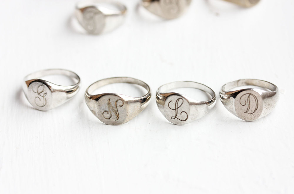 1950s Vintage Sterling Silver Initial Signet | Vintage & Ethical Signet Rings | Keeper & Co. Blog