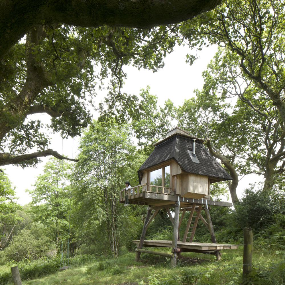 Hut on Stilts by Nozomi Nakabayashi | Photo by Henrietta Williams