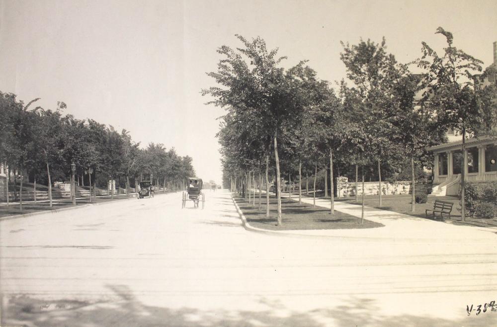 Armour Boulevard