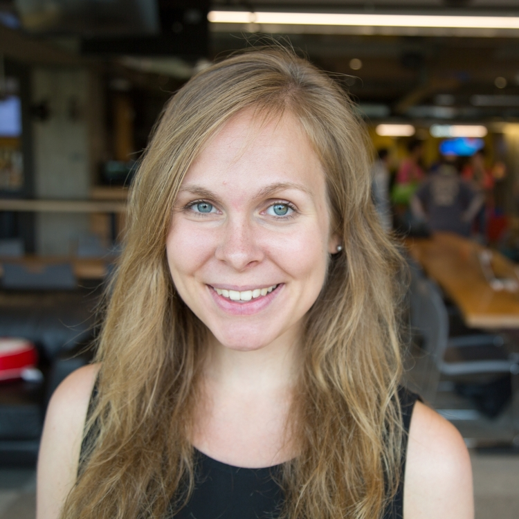 Paige Kracke Content Specialist at Opensesame. Paige went to school at Tufts University for Economics and Studio Arts. After completing her Marketing Internship at Opensesame, she later came back as a Content Specialist. .