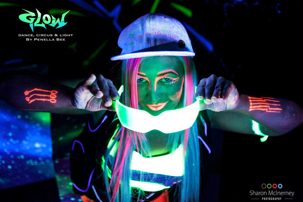 glow shoot tanya 1 with logo .jpg