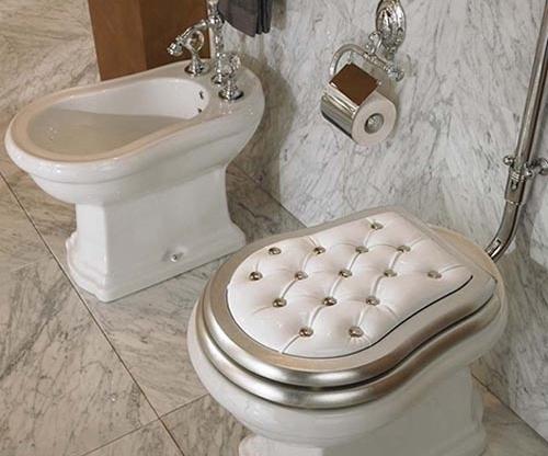 Glam Toilet