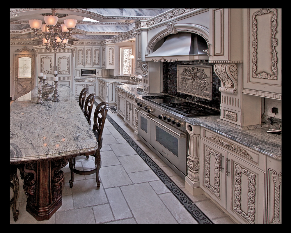 Sarris kitchen #2.JPG