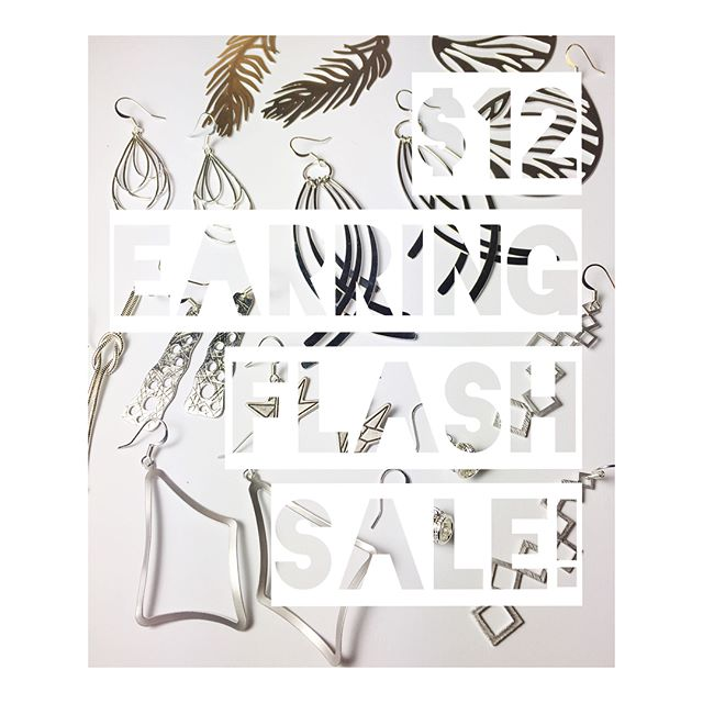 FLASH SALE! ⚡️All earrings shown are on sale for $12 ($3 s&h)! Comment to claim. Payment will be accepted via Venmo and PayPal, and details will be sent vis IG direct message. Only one of each available for most styles! Happy shopping ✨ . . . #handmade #shopsmall #accessories #earrings #flashsale #instasale #jewelry #sale #holidayshopping #fashion