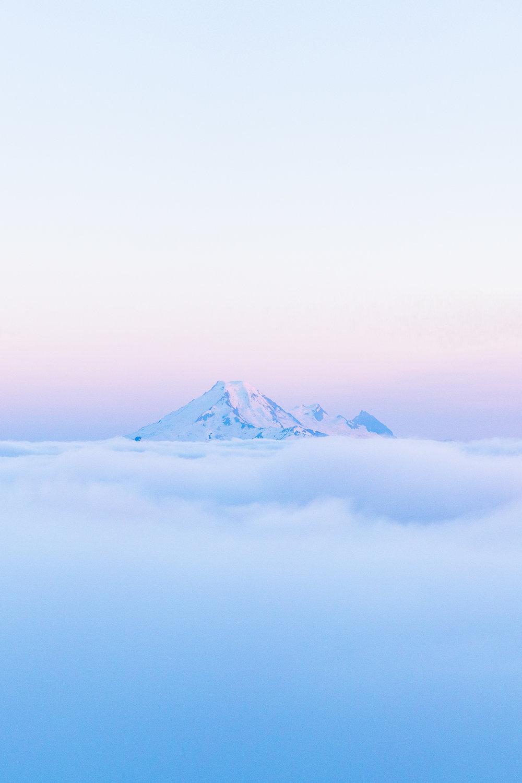 TaylorBurk_MountBaker_Fog.jpg