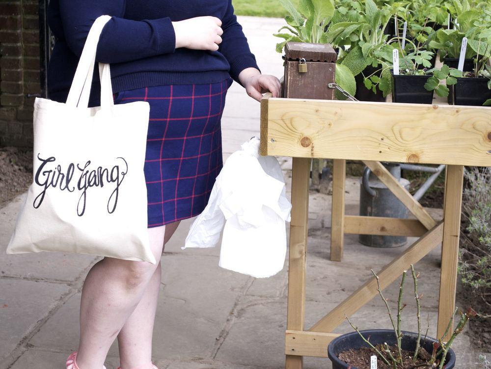 GG1 - model: Kelsey : photographer: Haley : Editing: Haley.jpg