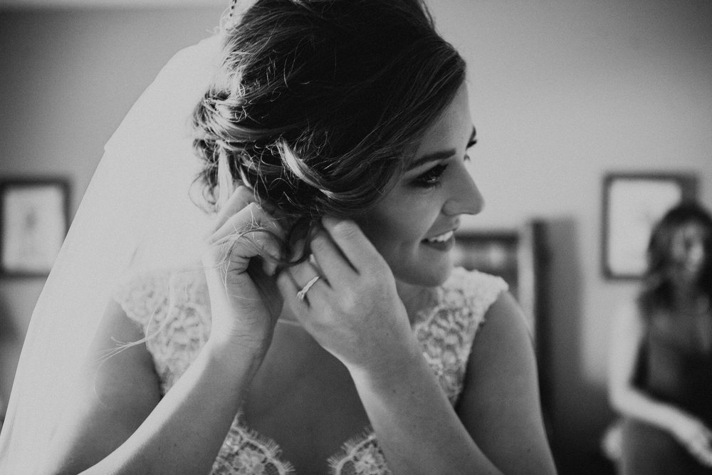 53Charis_Lauren_Nashville_Wedding_Photographer_.jpg