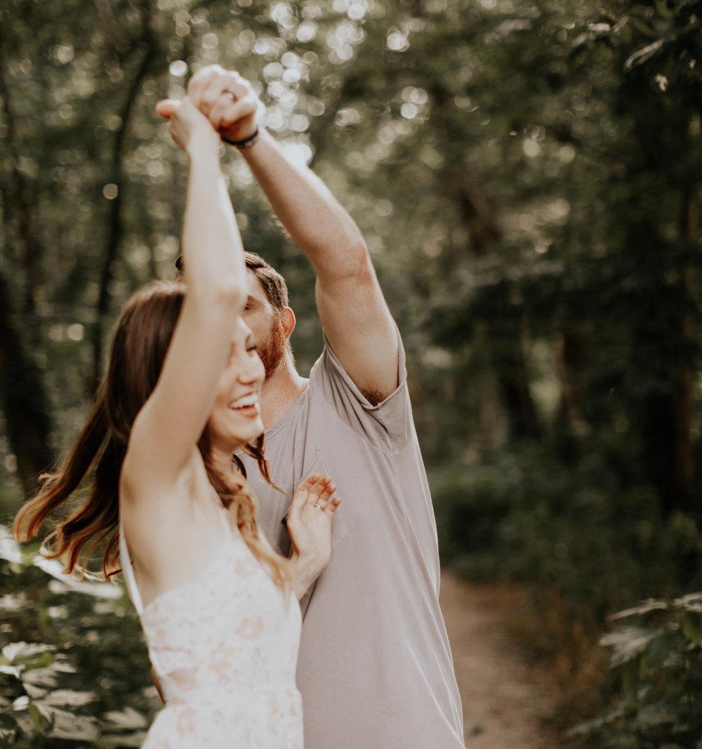 Charis_Lauren_Romantic_Wedding_Photographer_Nashville_03A0070.jpg