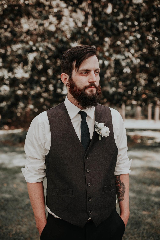Adam_and_Hannah_Wedding_CharisLauren__5128.jpg