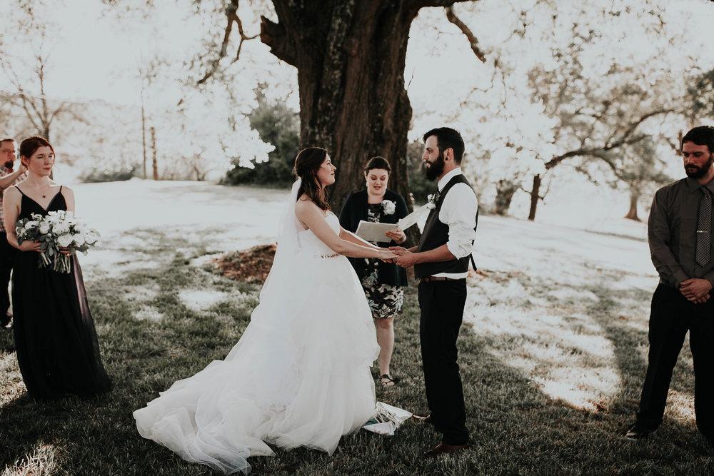 Adam_and_Hannah_Wedding_CharisLauren__5428.jpg