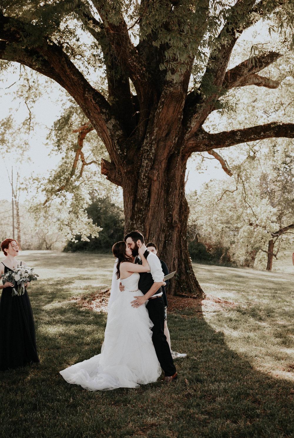 Adam_and_Hannah_Wedding_CharisLauren__5477.jpg