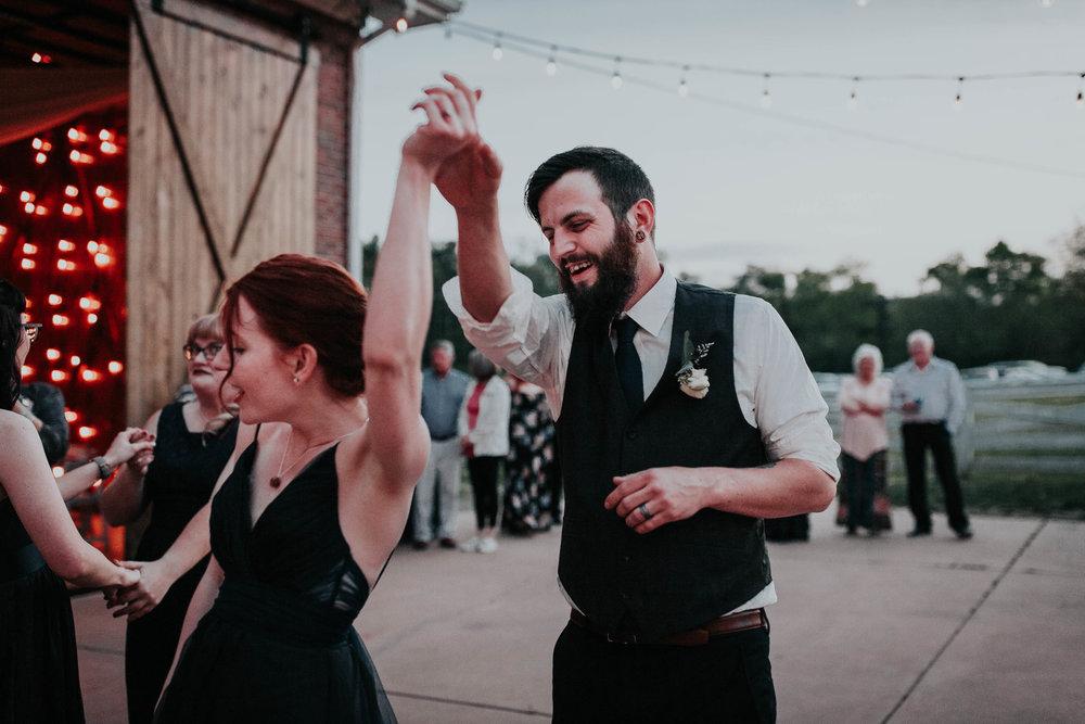 Adam_and_Hannah_Wedding_CharisLauren__6005.jpg