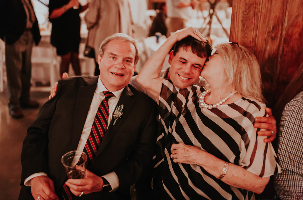 Adam_and_Hannah_Wedding_CharisLauren__6281.jpg