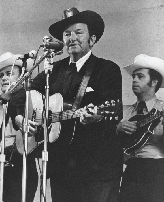 From the Archives:  Lester Flatt at Bean Blossom in 1971.   Photo by Ron Petronko.