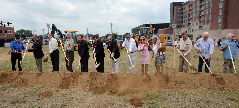 Groundbreaking-Day-074.jpg