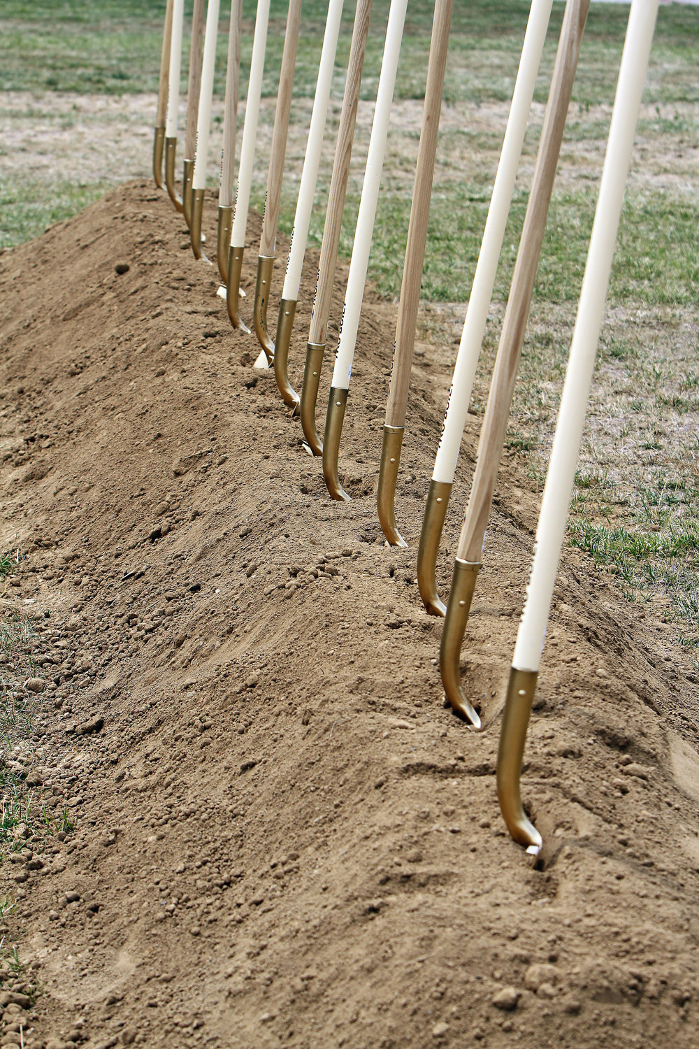 Groundbreaking-Day-006.jpg