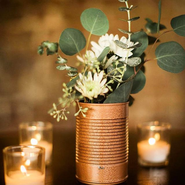 Dynamic Duo // bold metallic tins + beautiful greenery #decorinspiration #TNMB