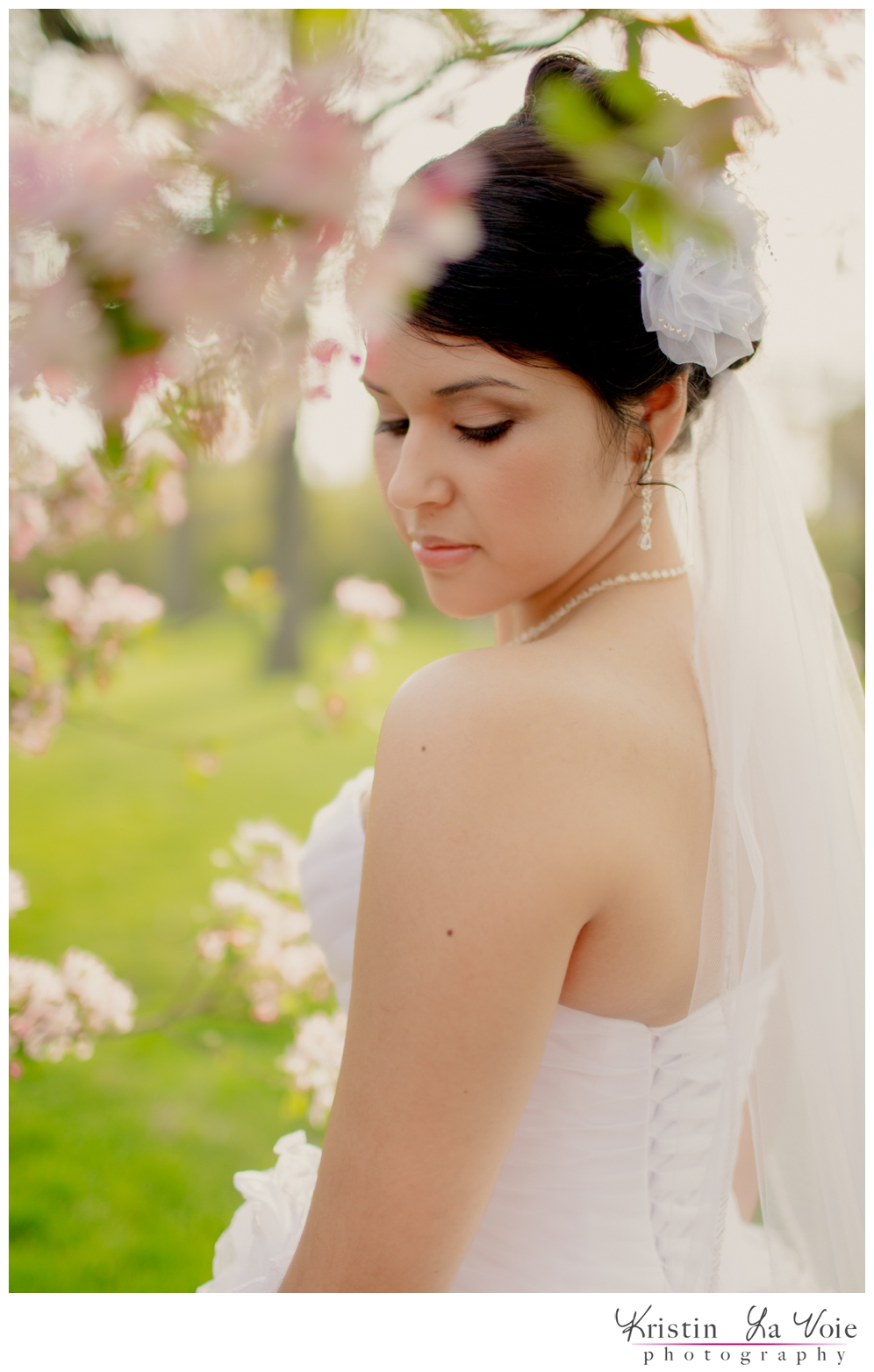 Kristin-La-Voie-Photography-Mint-Yellow-Styled-Shoot-Lincoln-Park-Wedding-Photographer-30.jpg