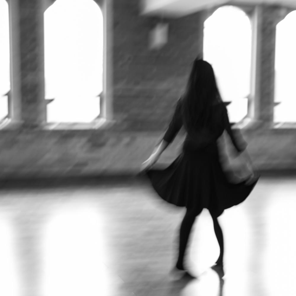 Vivian_dancing