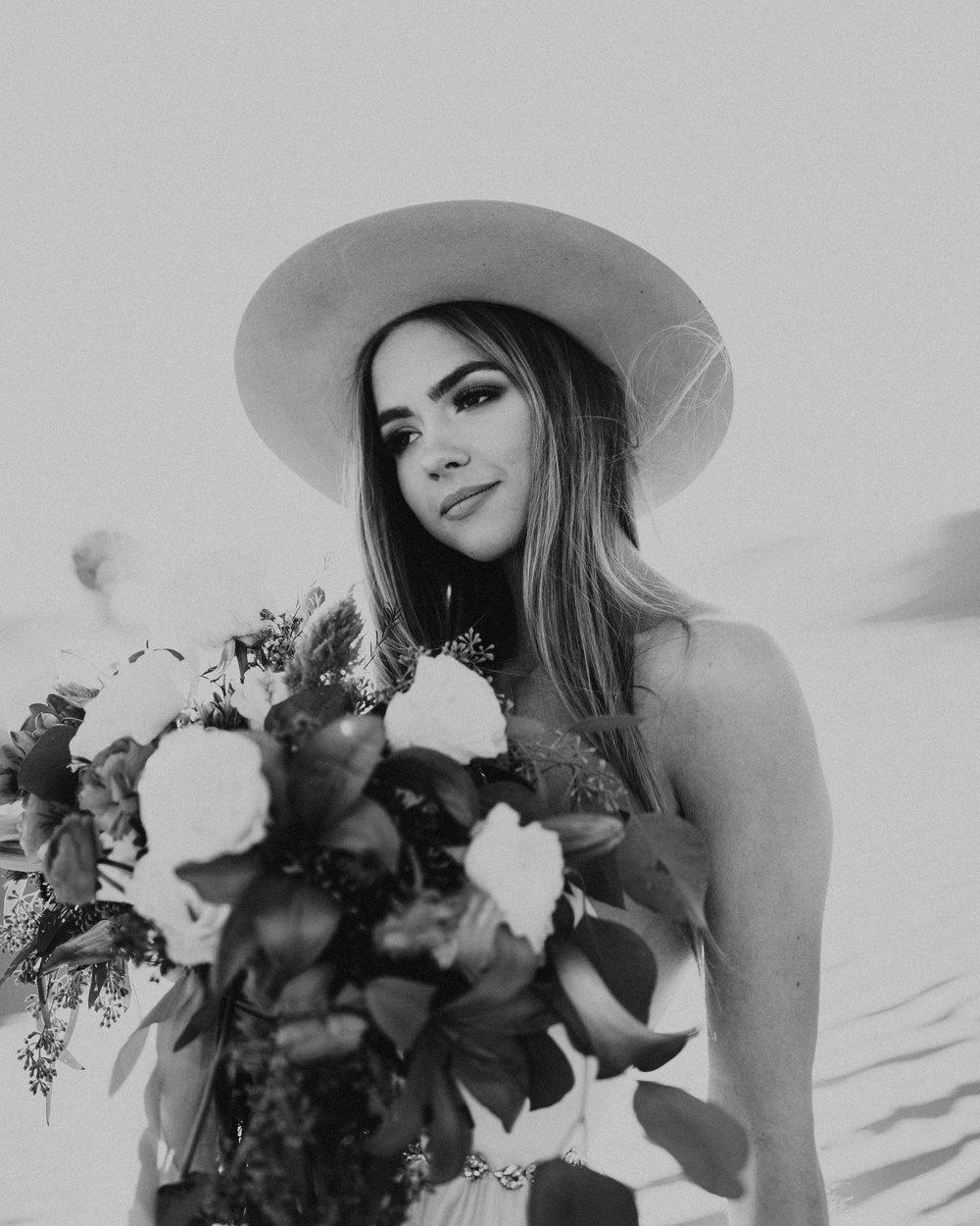 Wedding Dress Desert Jolene Chantel Lauren bouquet