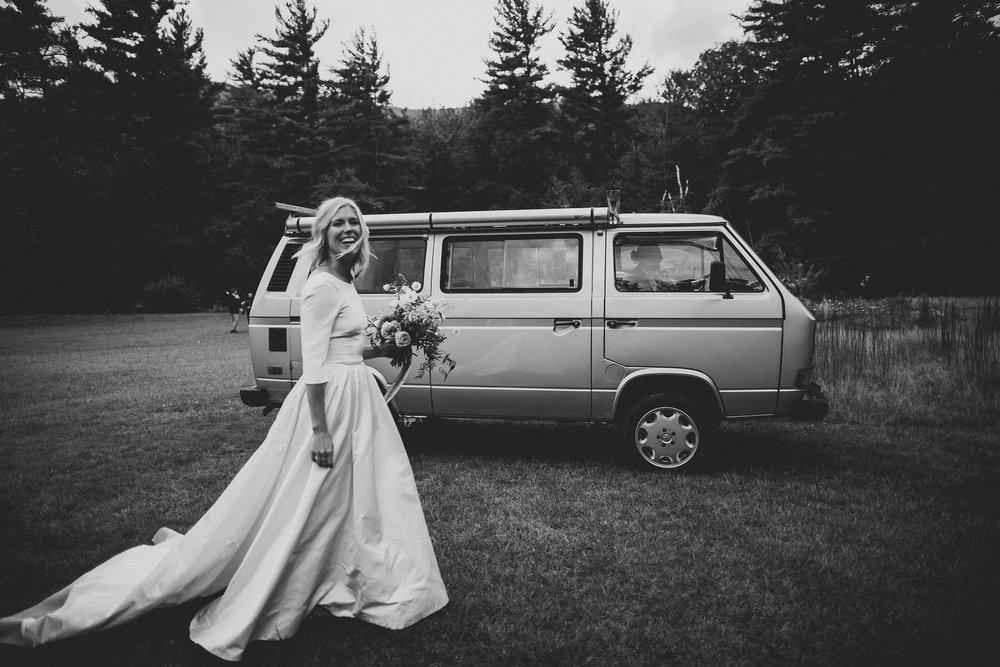 Wedding dress Chantel Lauren loretta gown A line sleeve Van
