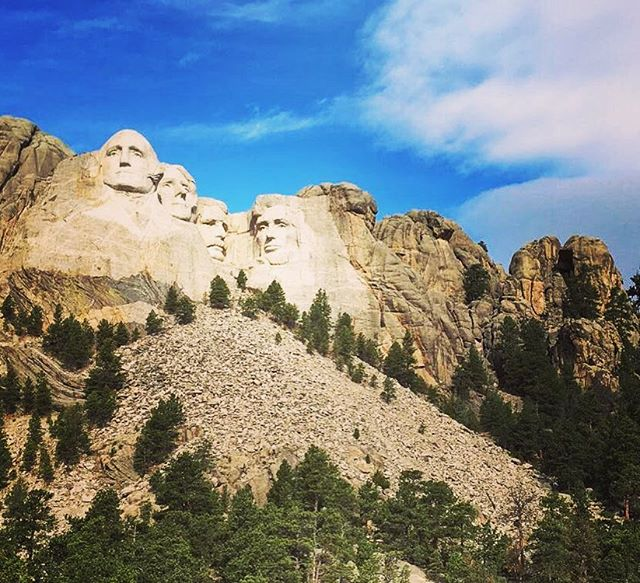 ...From the mountains to the prairies To the oceans white with foam God bless America, my home sweet home... #america #mountrushmore #getoutstayout #outsideisfree