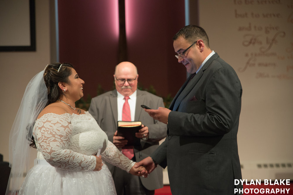 1-wedding-ceremony-fox-valley-baptist-church-east-dundee-04.jpg