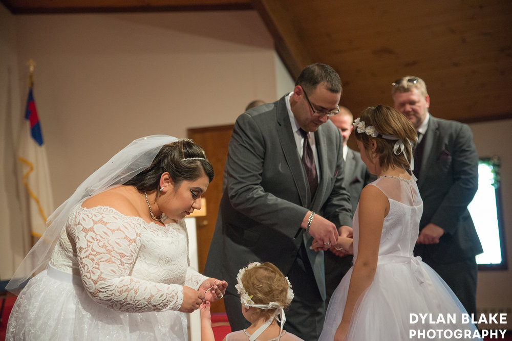1-wedding-ceremony-fox-valley-baptist-church-east-dundee-06.jpg