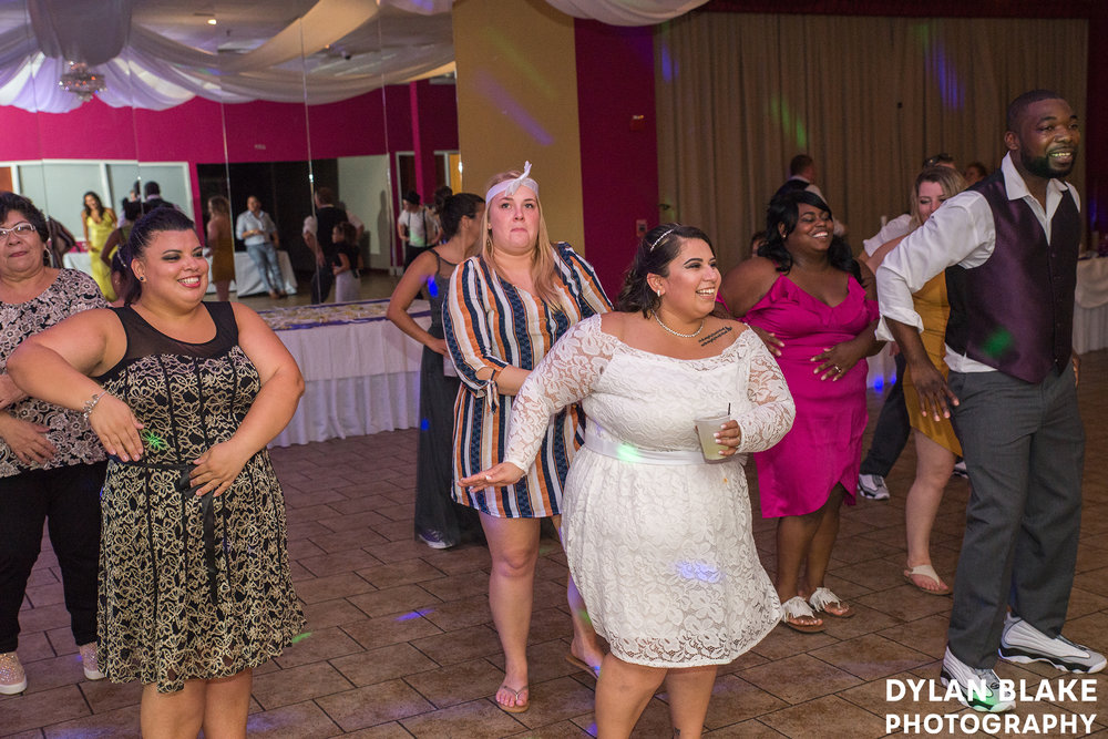 4-wedding-reception-club-royal-b&v-east-dundee-19.jpg