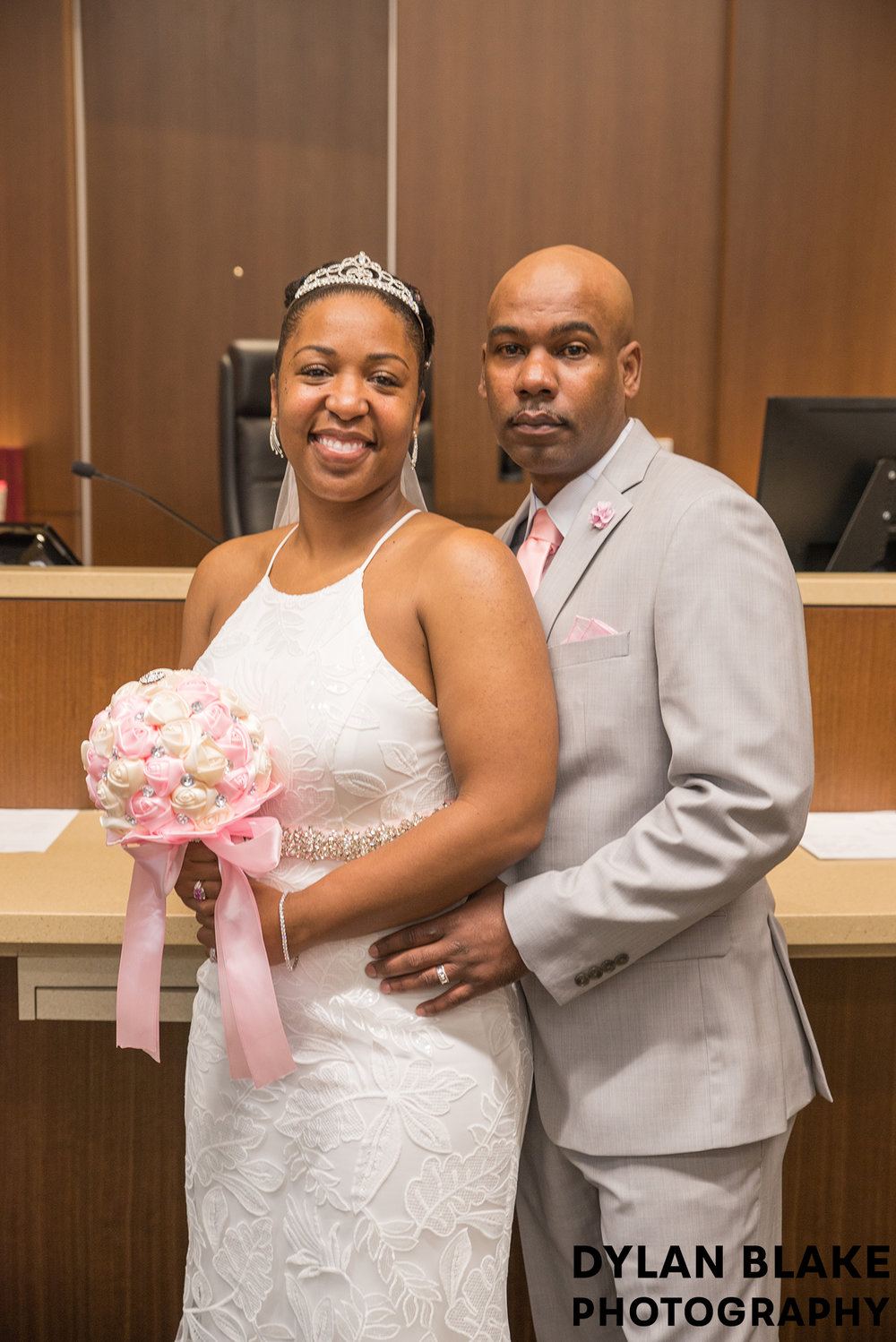 3-lake-county-il-courthouse-wedding-courtroom-couple-portrait-01.jpg