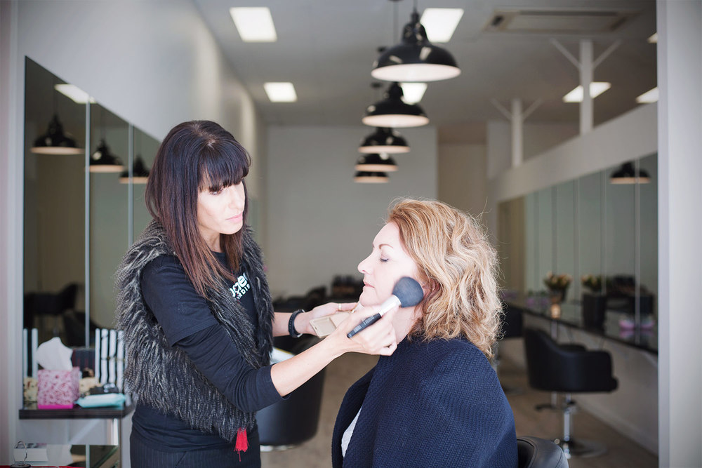 Miss-Kit-Academy-Salon-05.jpg