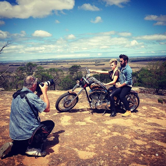 Behind the scenes shot in Melbourne on location with my fantastic team!! - Check out that view and that Harley!! I am an International fashion stylist on tour - coming to a town or city near you SOON! Europe, Aus and USA.  For enquiries contact: info@johawtree.com or PM me!  Fashion Stylist: @johawtree  HMUA: @terriep_hmua Models charmainegarbett & @mr_stholloway Photographer: @muzzza14  #fashion #fashionstylist #menswear #melbourne  #mensstyle  #menswearstylist  #photographer #fashion #edgy #grunge #harleydavidson #harley #biker #leatherjacket #leather #bts #behindthescenes #beardedgentleman #fashionaddict #fashionable #lfw #stylistontour #men #womenswear #womensfashion #editorial #magazine #fashionmag #styling #stylist #bandstylist