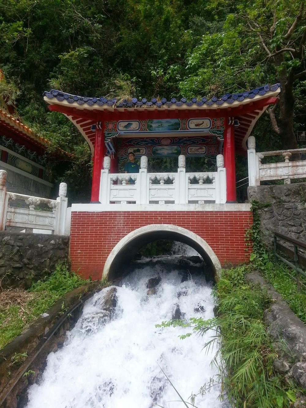 Taiwan%2BHualien%2BEternal%2BSpring%2BShrine%2BTaroko%2BGorge.jpg