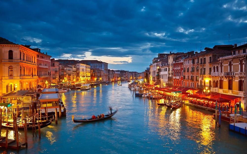 Venice+Italy+Travel+Bucket+List.jpg