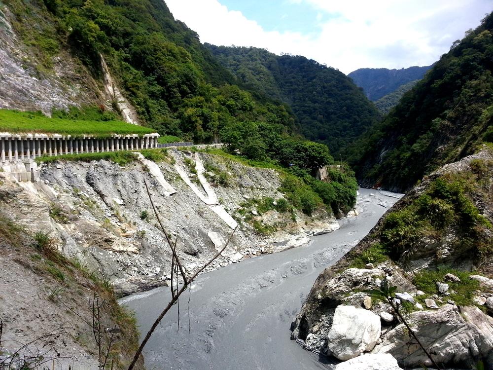 Taiwan Hualien Taroko Gorge Grey River.jpg