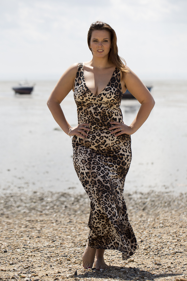 FRITHA - HEIGHT: 5'7 or 170cmBRA SIZE: 32FSHOE SIZE: 5BUST: 42