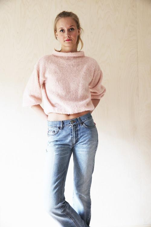 THE ROSY BOATNECK SWEATER2.jpg