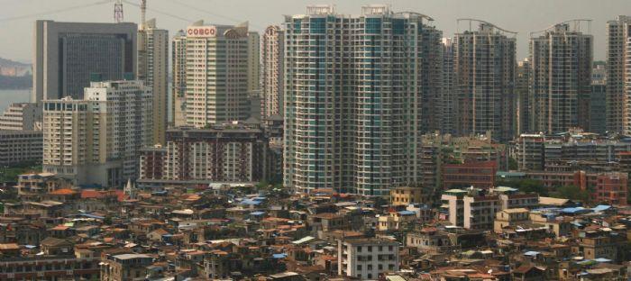 """Buna """"çarpık şehirleşme"""" dahi dememek lazım.%80'i son 20-30 senede kurulan yerlerde bir şehir kültürü olamaz,sadece bir şehir nüfusu olabilir"""