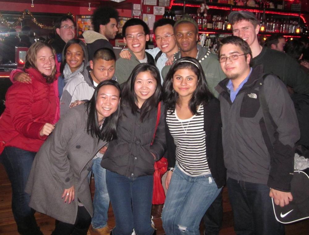 Alumni 2012.jpg