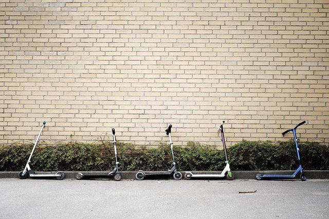 School is in session #scooter #schoolyard #school #53mm #fujifilmnordic #fujifilm #fuji #fujix #fujifilm #fujifeed #fujixpro2 #fujifilm_xseries #fujixpro2 #fujixseries #classicchrome #abandoned
