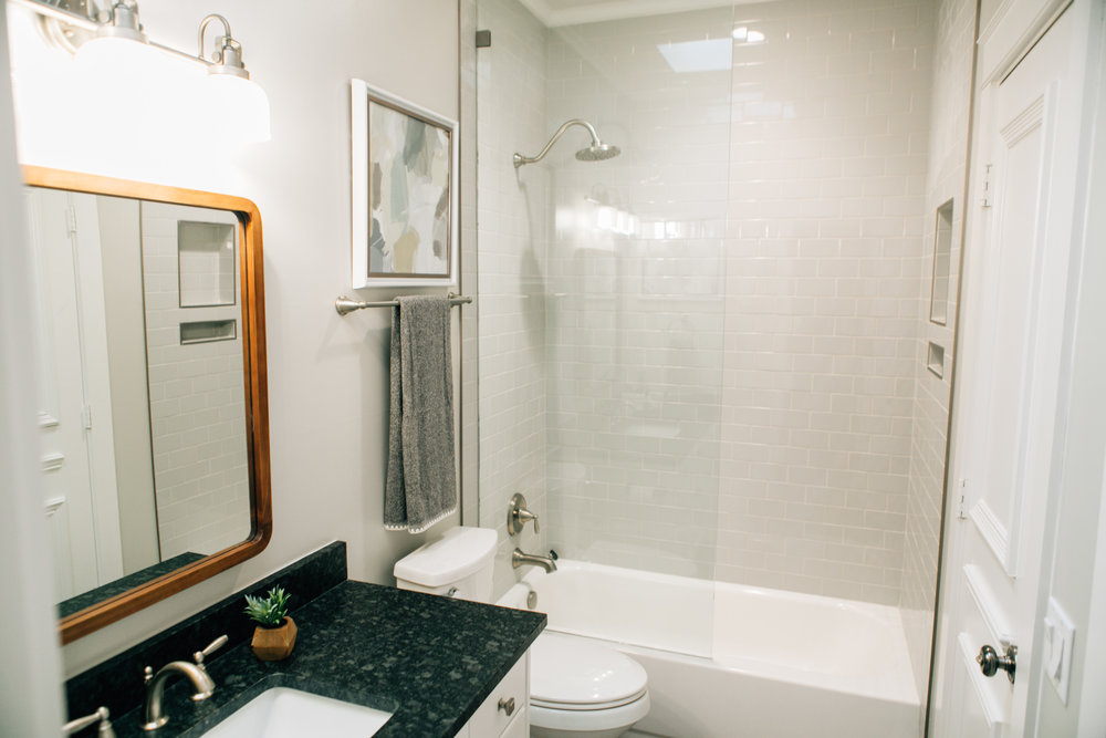 Bathroom Remodel 252.jpg