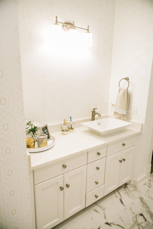 Bathroom Remodel 285.jpg