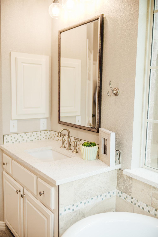 Bathroom Remodel 66.jpg