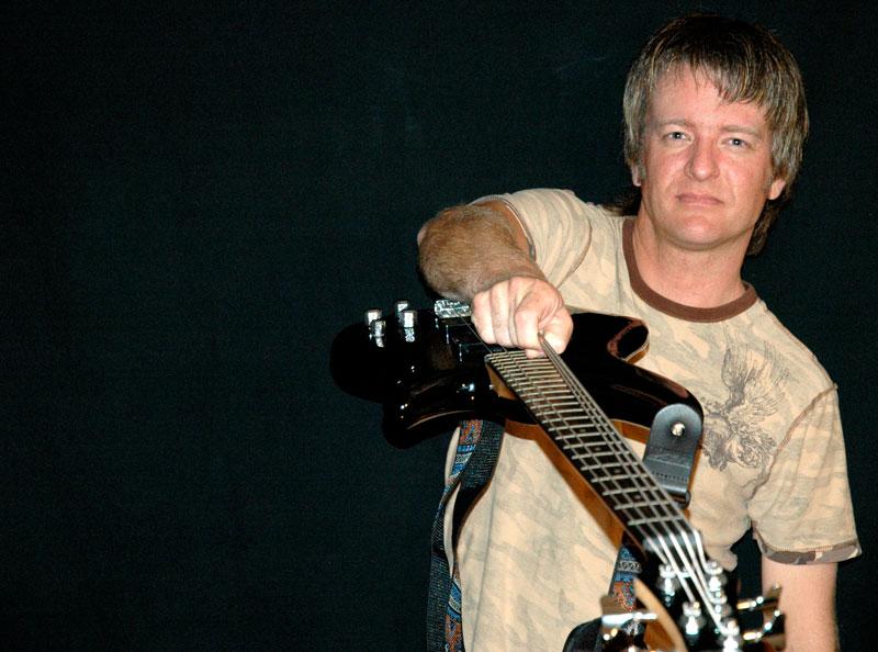 Brian_Guitar2.jpg