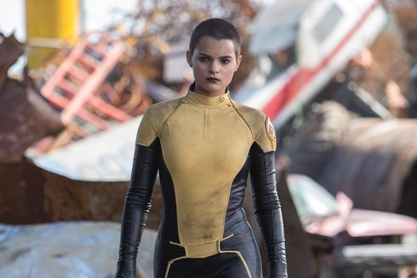 X-Men 里的黄黑 New mutant 制服