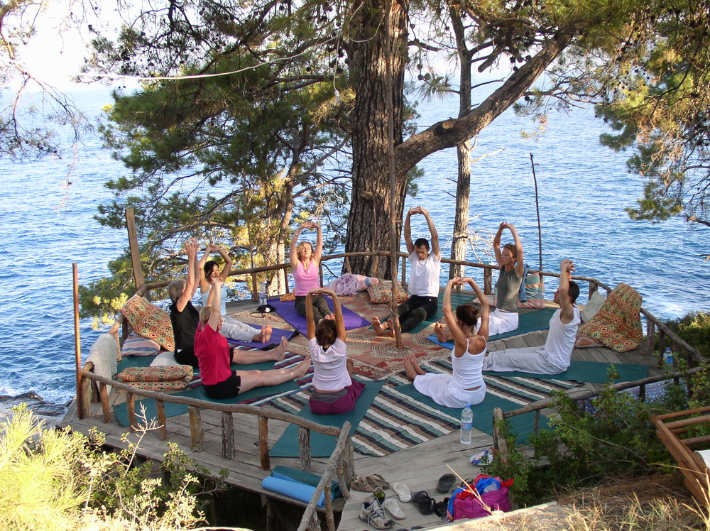 Turkey Yoga Break, group - hi res  (1).JPG