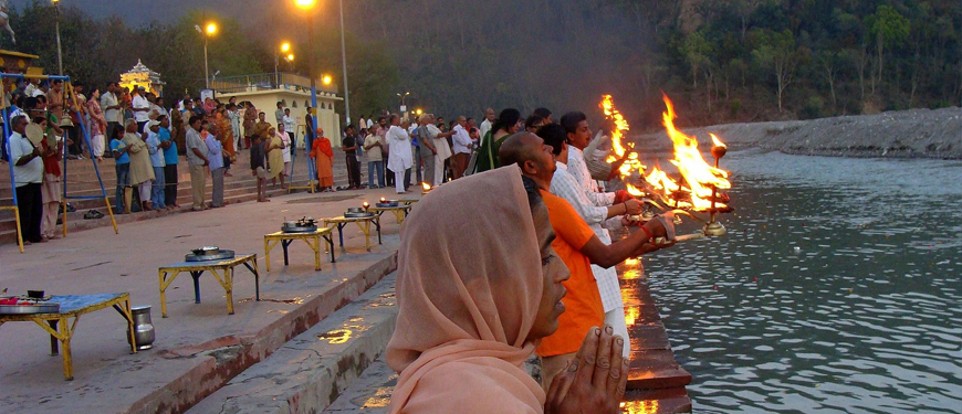 ganga-aarti-at-triveni-ghat.jpg