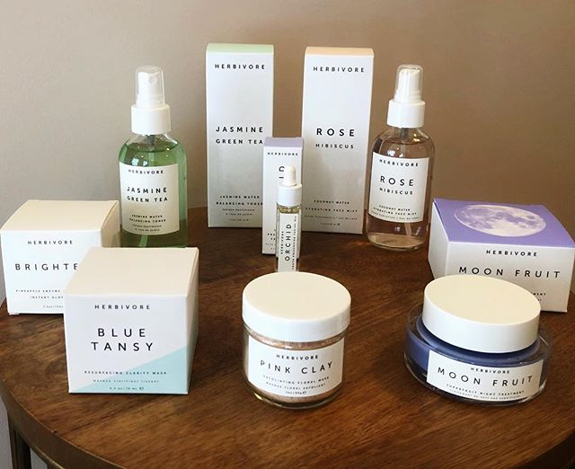 We now have more Herbivore products! We love this botanical brand, and all of its therapeutic ingredients. Pure, highly concentrated, and effective formulas with an emphasize on organic, food grade ingredients... perfect for your all natural skin care lover! @herbivorebotanicals #skincareisselfcare #botanicalskincare #herbivore #herbivorebotanicals #beautybar